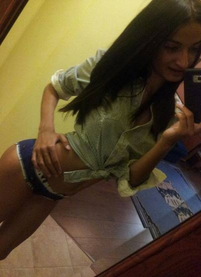 Imogene from New Milford, Connecticut is looking for adult webcam chat