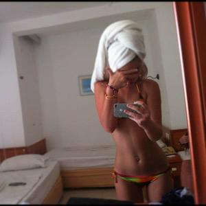 Marica from Camano Island, Washington is looking for adult webcam chat