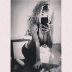 Claudie from Matlock, Washington is looking for adult webcam chat